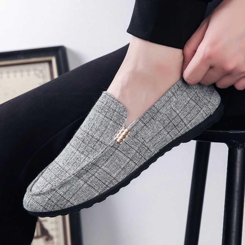 Mannen Casual Schoenen 2019 Nieuwe Mocassins Schoenen Mannen Loafers Slip Op Licht Jeugd Mannen Rijden Schoenen Ademend Mode Flats Footwear