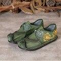 Novas mulheres chegada Outono sola macia de couro genuíno loafers deslizamento plana sobre sapatos de couro confortáveis bordados feitos à mão