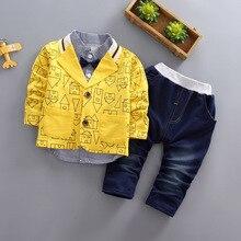 פעוטות בני בגדי 3 יחידות\סט בגדי ילדים גרסה קוריאנית סתיו בגדי בית הדפסת מעיל + חולצה + ג ינס תינוק חליפה