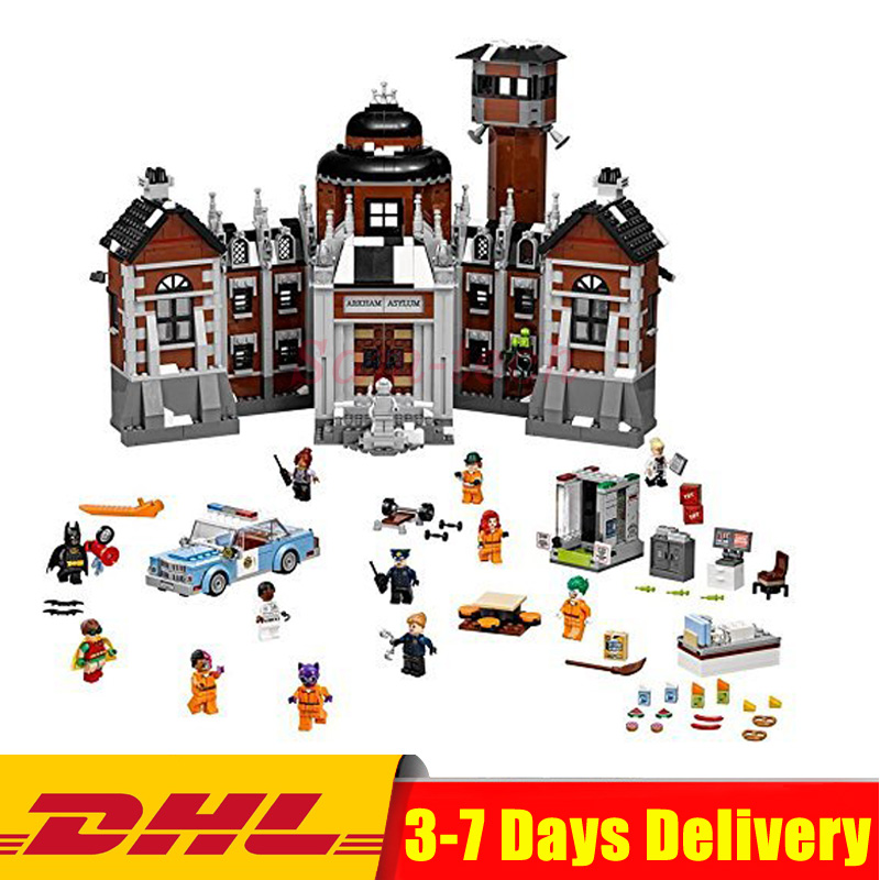 2018 IN Stock Lepin 07055 1628pcs New Batman Movie Series THe Arkham`s Lunatic Asylum Set Building Blocks Bricks Toys 70912 lepin 07055 batman series arkham asylum model building block compatible legoe 1628pcs toys for children