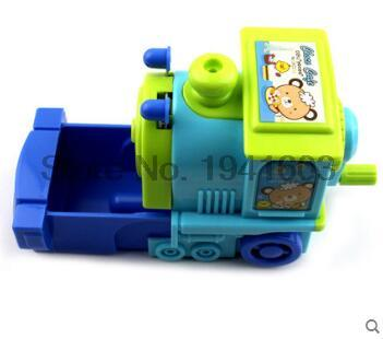 2017 1 Pcs Deli 0622 girls and boys cute cosmetic hand manul train pencil sharpeners mechanical machine 1pc / brand stationery new arrival deli sweet house children pencil sharpeners 0724 cute cartoon students mechanical pencils writing supplies blue