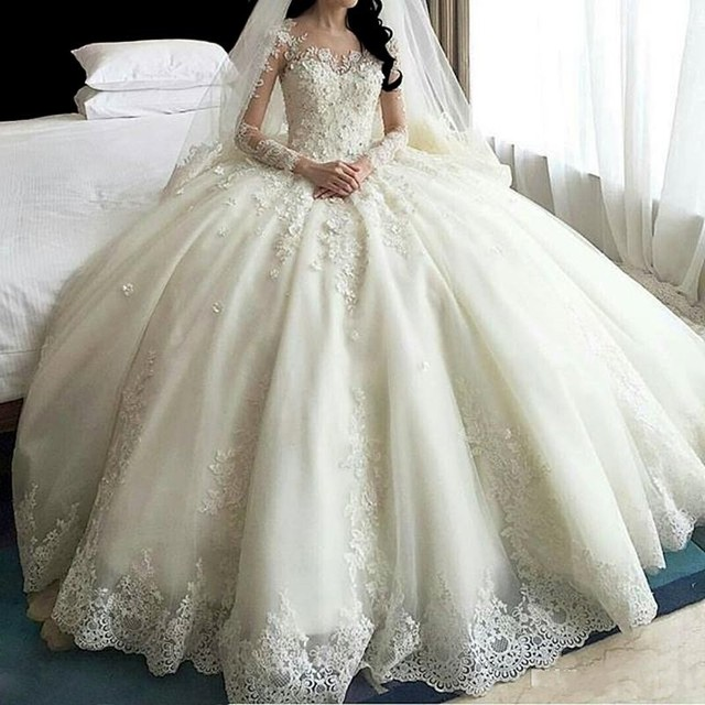 Hot Sale Dubai Crystal Flowers Ball Gown Wedding Dresses 2017 New Long Sleeve Muslim Lace Appliques Wedding Gowns Bridal Dress