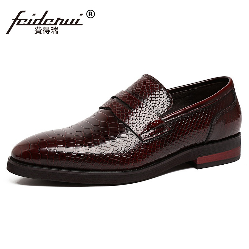 Luxury Pointed Toe Handmade Snakeskin Man Casual Shoes Patent Leather Male Loafers Luxury Brand Men's Comfortable Flats NC98 ltaly luxury brand men s handmade custom size casual loafers patent genuine leather tassel round toe driving flats shoes for man