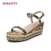 Size 34 40 Hot 2019 Summer Lady Fashion High Heel Wedge Sandals Elegant Flower Rivets Design Lady Fashion Floral Shoes B035