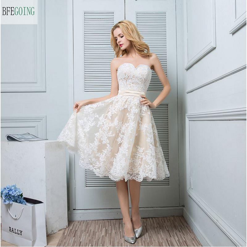 Ivory Lace Appliques Tulle  Knee-Length  Sweetheart A-line Wedding Dress  Sleeveless   Real/Original Photos Custom Made