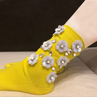 2019 Limited Real Sale Casual Calcetines Mujer Pug Women Socks Woman Pearl Rhinestone Flowers Cotton Trend Handmade Beads Tide