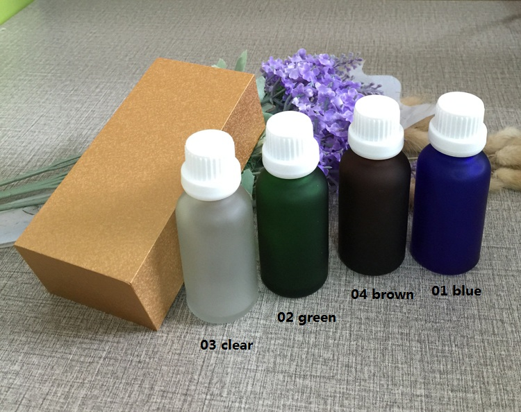 4pcs 30ml High-grade frosted essential oil bottle with wooden box packing white cap glass bottle,lotion cosmetics powder jar cosmetics 50g bottle chinese herb ligusticum chuanxiong extract essential base oil organic cold pressed