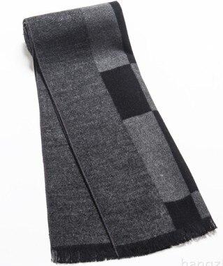4e2d5dce3ecc Marque de luxe Hommes écharpe d hiver réel cachemire et laine Artificielle sentir  Écharpe Hommes Glands gris couleur de Foulards pour cadeau de noël