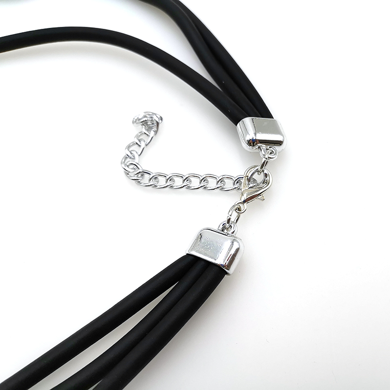 Купить с кэшбэком YD&YDBZ 2019 Round Aluminum Sheet Necklaces For Women Fashion Rubber Pendant Necklaces Long Punk Style Jewelry New Choker Gothic