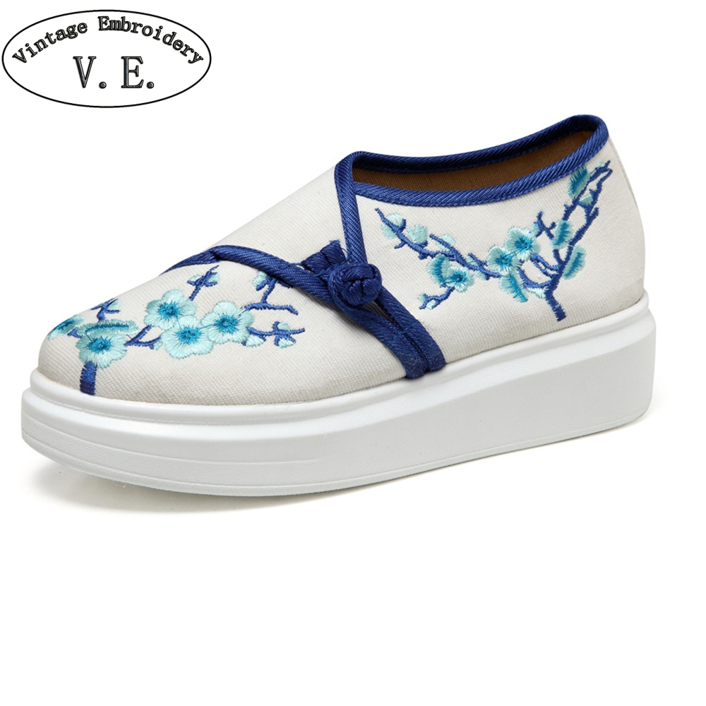Vintage Women Shoes Old Beijing Plum Blossom Embroidery Flat Platform Leisure Buckle Canvas Shoes Woman Zapatos Mujer vintage women flats old beijing mary jane casual flower embroidered cloth soft canvas dance ballet shoes woman zapatos de mujer