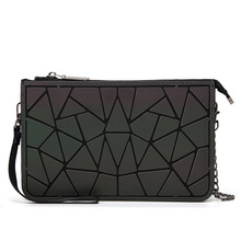 Здесь можно купить  2018 Men Geometry Bao Bao Bag New Hologram Laser Handbags Fashion Chain luminous Clutch Totes Crossbody Bags for Women Wallet
