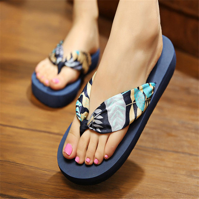 Sexy teen girls in sandals