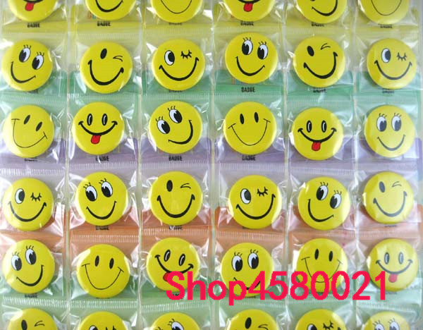 10 sheets 480pcs Cartoon Smiley face Badge Button Pins Party Gifts Diameter Kids Clothing Accessories 3cm