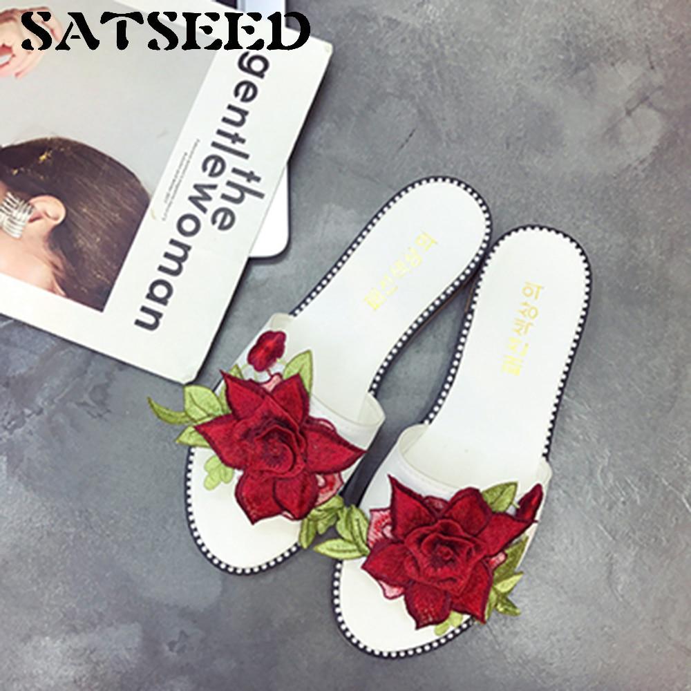 2017 New Summer Flower Flat Slides Three-dimensional Embroidery Women Fashion Wear Slippers embroidery basis book 500 kinds of three dimensional embroidery patterns