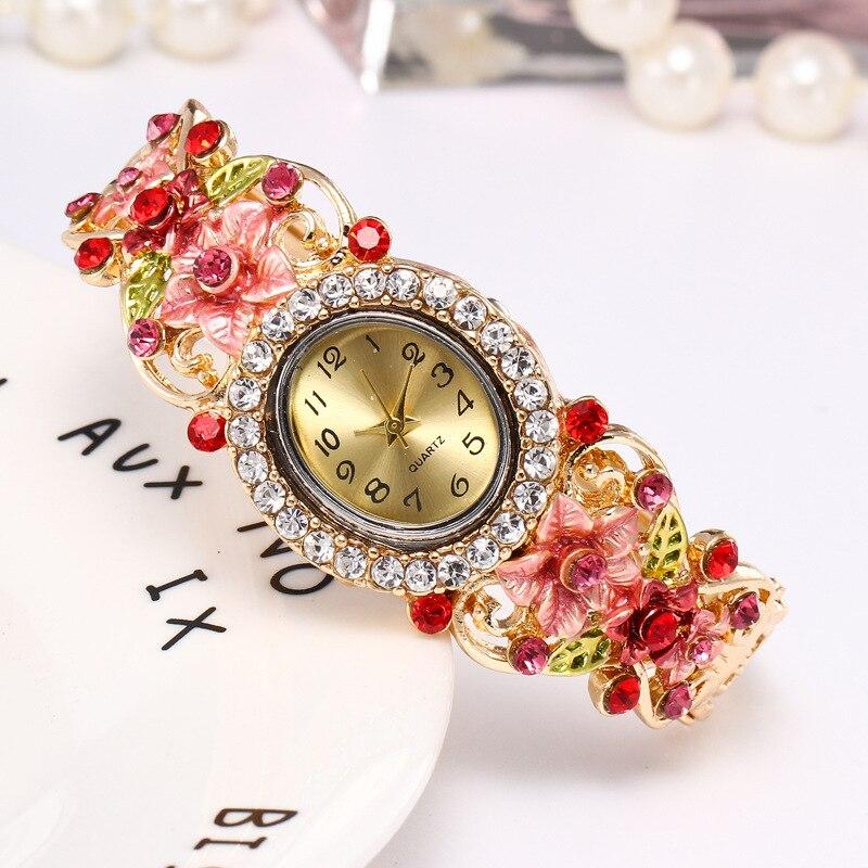 Relógios para Mulheres das Senhoras Vestido de Relógios de Quartzo Relógio de Pulso Luxo Pulseira Manual Flor Atacado Relógio Feminino 5 Pcs Mod. 128938