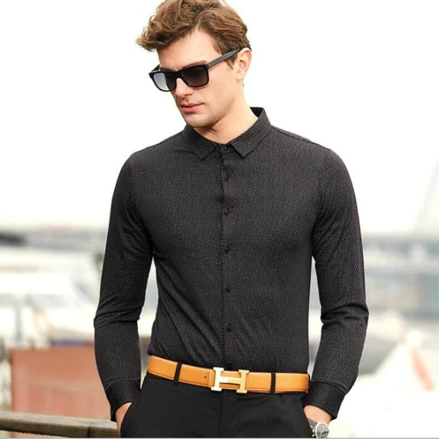 07840ca073af 2018 Spring and summer new men s long-sleeved shirts middle-aged men s  polka dot