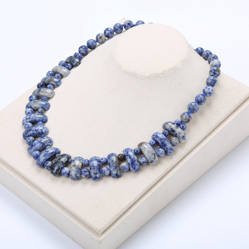 Blue Necklace Natural Stone Sapphire Crystal Ladies Pearl Chain Casual Exquisite Handmade Rose Pendant Necklace Ball For Women