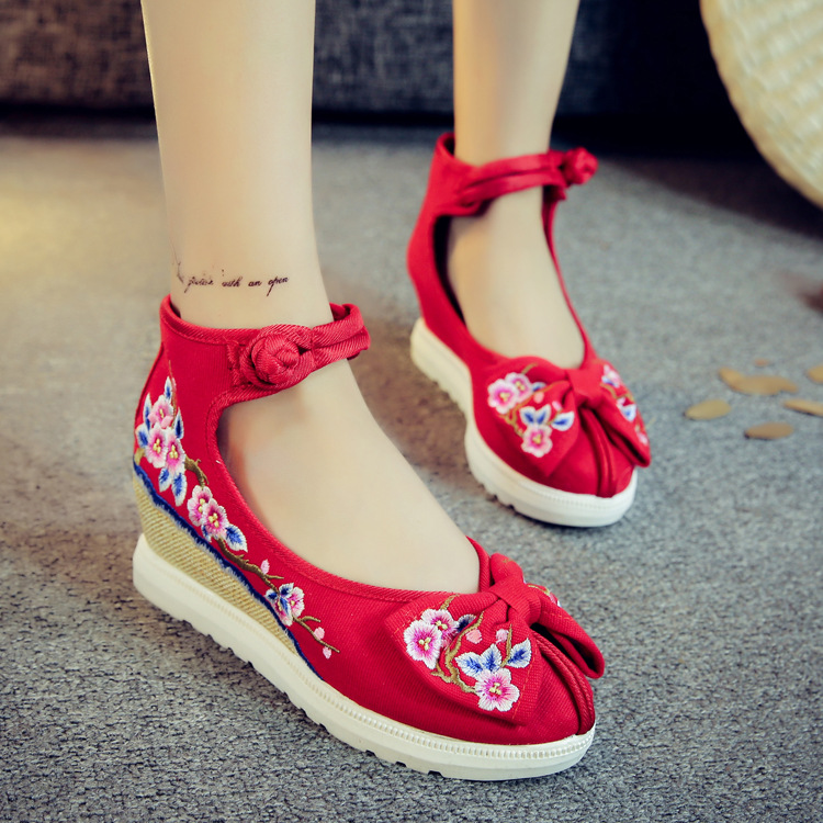 Charming Bright Wedges Embroidery Women Shoes Old Peking Mary Jane Flat Heel Denim Flats With Soft Sole Women Dance Casual Shoes vintage women flats old beijing mary jane casual flower embroidered cloth soft canvas dance ballet shoes woman zapatos de mujer