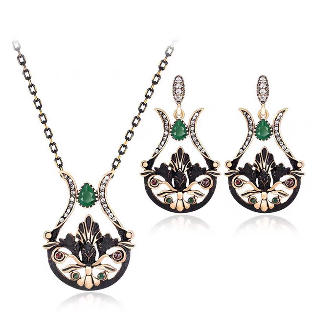 New Retro Vase Vintage Pendant Necklace Set Antique Gold Earrings Designs Crystal Flowers Jewelry