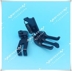 Image 5 - Accessori per macchine da cucire 20606 20618 4420 DU Tre sincrono doppio ago piedino piedino