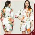 Grande floral LF003 Noiva Do Casamento Da Dama de honra de Cetim de Seda Robe Roupão de Banho Floral Curto Kimono Robe Roupão Para As Mulheres Da Moda