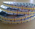 2835 SMD 240 leds/m DC24V llevó la tira flexible, 5 m de largo; 240 W; PCB blanco; no-impermeable, IP33