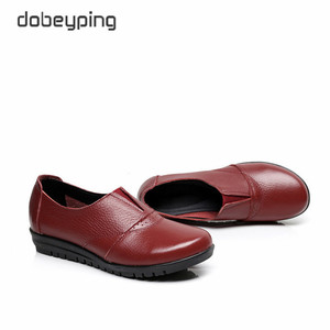 Image 3 - High Quality Genuine Leather Womens Casual Shoes Non Slip Flats Shoes Women Soft Mother Loafers Slip On Shoes Big Size 35 43