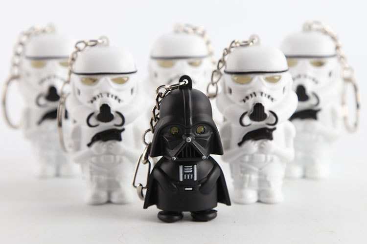 100pcs Sound and flash Star Wars Silver Tone Soldier Warrior 3D model Pendant PVC keychain doll key chain toy LED keyring holder