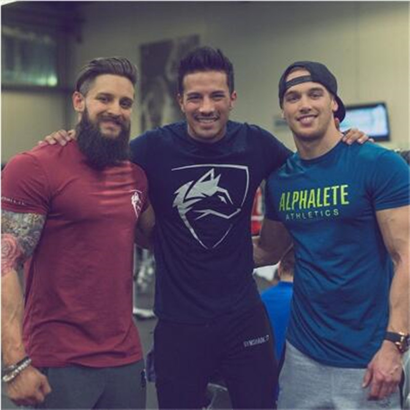 2018 summer New mens gyms   T     shirt   Crossfit Fitness Bodybuilding   Shirts   Printed Fashion Male Short cotton ALPHALETE Male Tee Tops