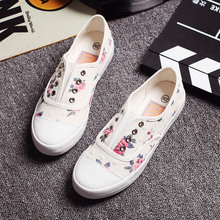 2017 women canvas shoes fashion casual shoes female lazy pedal floral shoes summer breathable flat  brand shoes white,blue