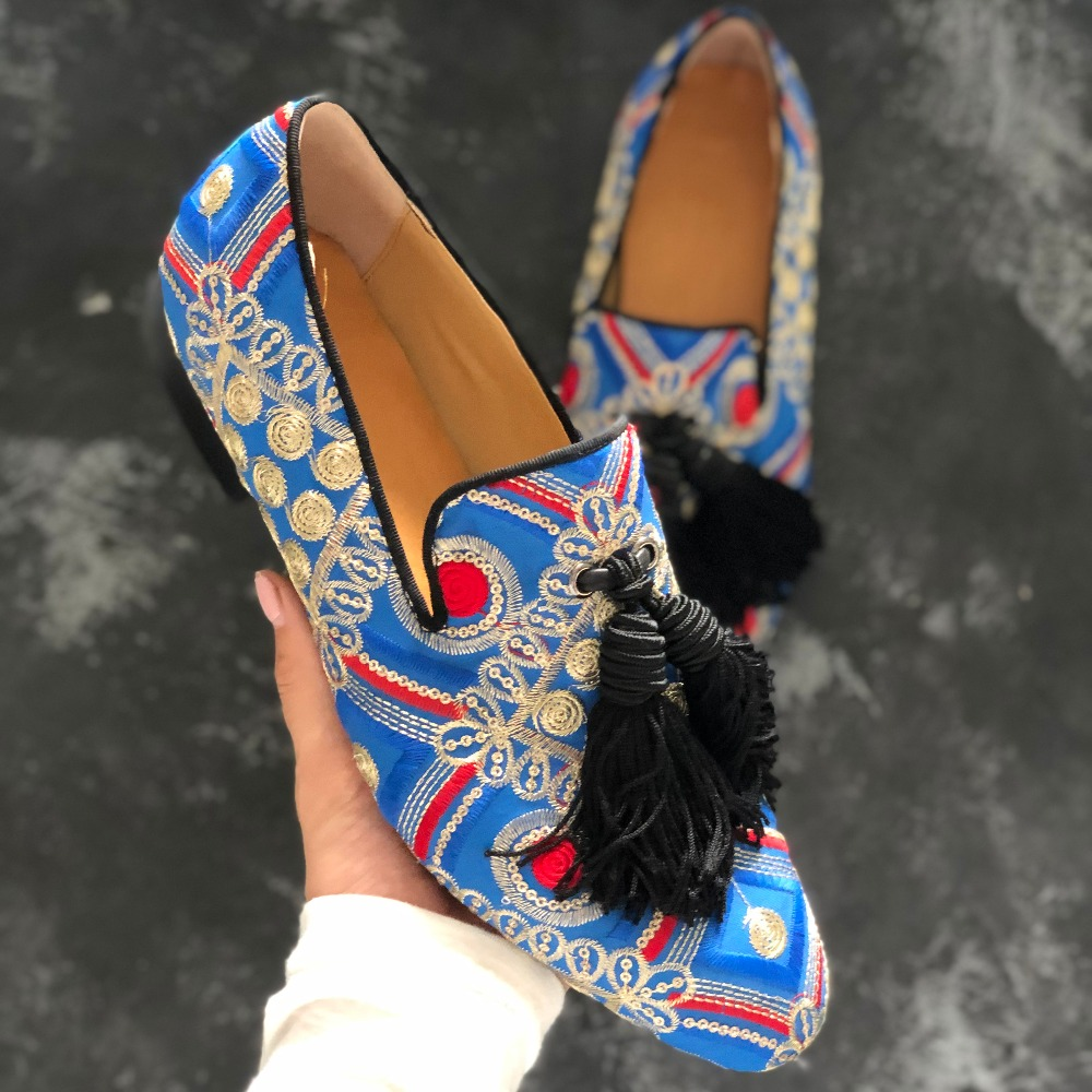 Spring print strip leather men dress shoes slip on flats fashion blue tassel men driving shoes Men LoafersSpring print strip leather men dress shoes slip on flats fashion blue tassel men driving shoes Men Loafers