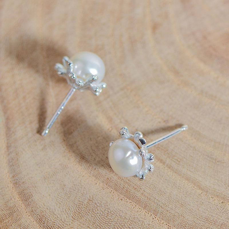 925 Sterling Silver Round Ear Studs With Pearl