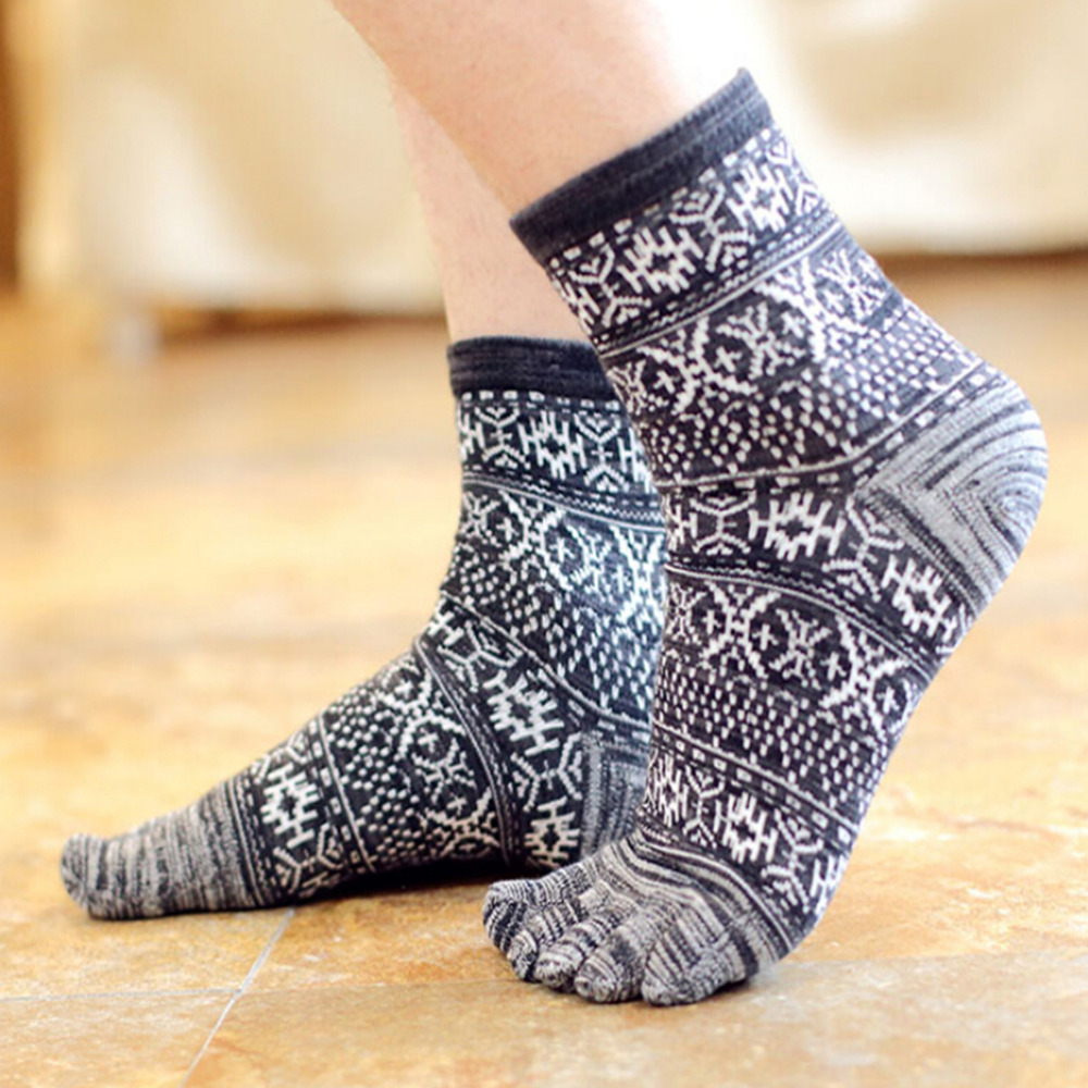 Five Finger   Socks   Men's 4 Colors Vintage Casual Style Cotton Men's   Socks   Male Thermal/Thick Warm   Socks   & Hosiery