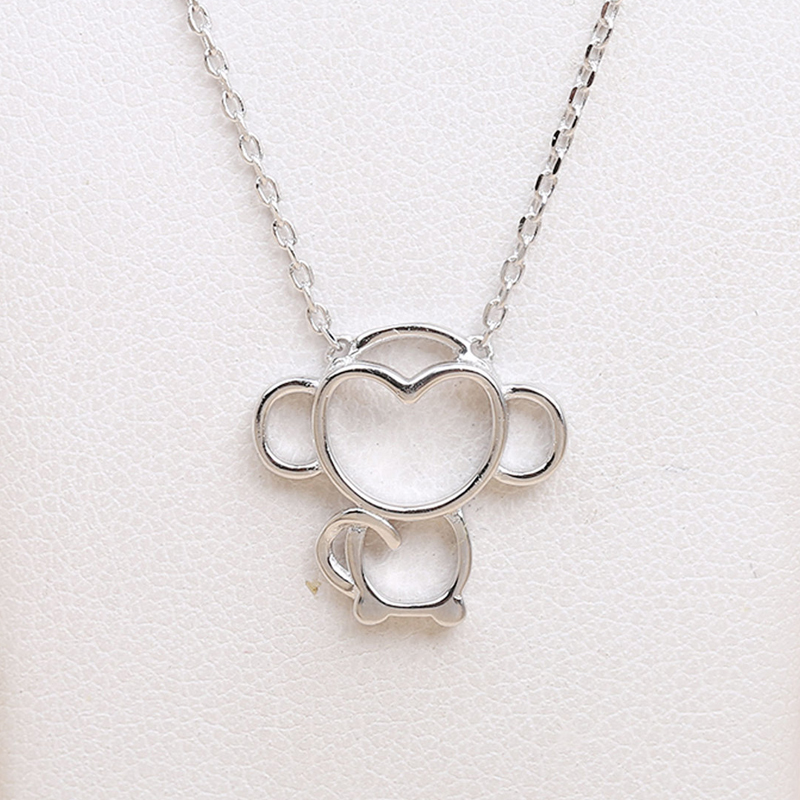 2017 New Silver Cute Monkey Pendant Necklace For Chs