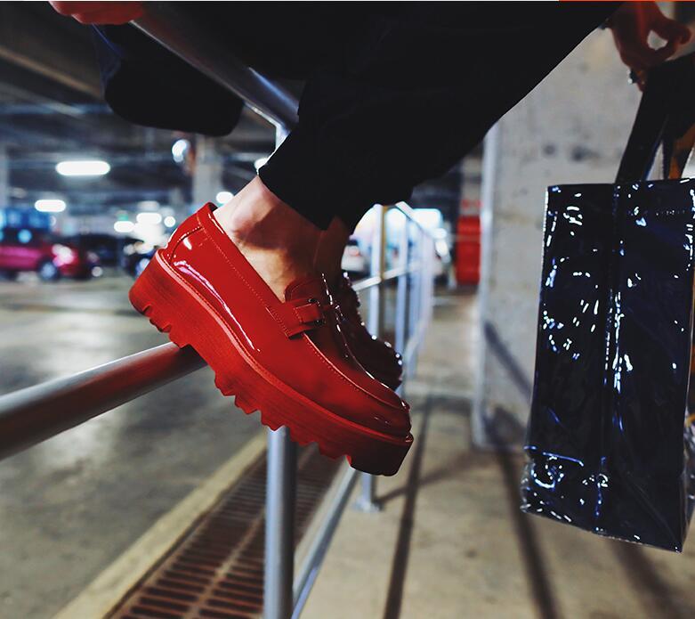 Appartements Croissante 5 rouge De forme Slip En Plate Chaussures on Cm Cuir Brevet Mocassins Sport Hauteur Véritable Hommes Gommino Mâle Mocassin Noir 77qz6