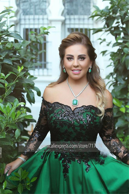 Black-Appliques Sleeves Off-the-Shoulder Long Elegant Prom Dress Black and Green Long Sleeves Evening Gowns 3