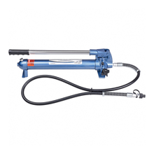 Насос гидравлический STELS 51358( Вес 7.3 кг, усилие 10т, инструмент представляет собой ручной насос для гидравлических механизмов и поставляется к ним как запасная или дополняющая часть