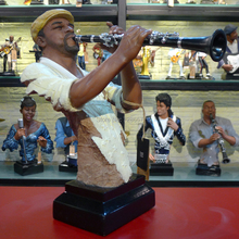 Abstract Clarinet Player Musician Bust Handmade Resin Instrumentalist Statue Decor Souvenir Gift and Craft Ornament Furnishing