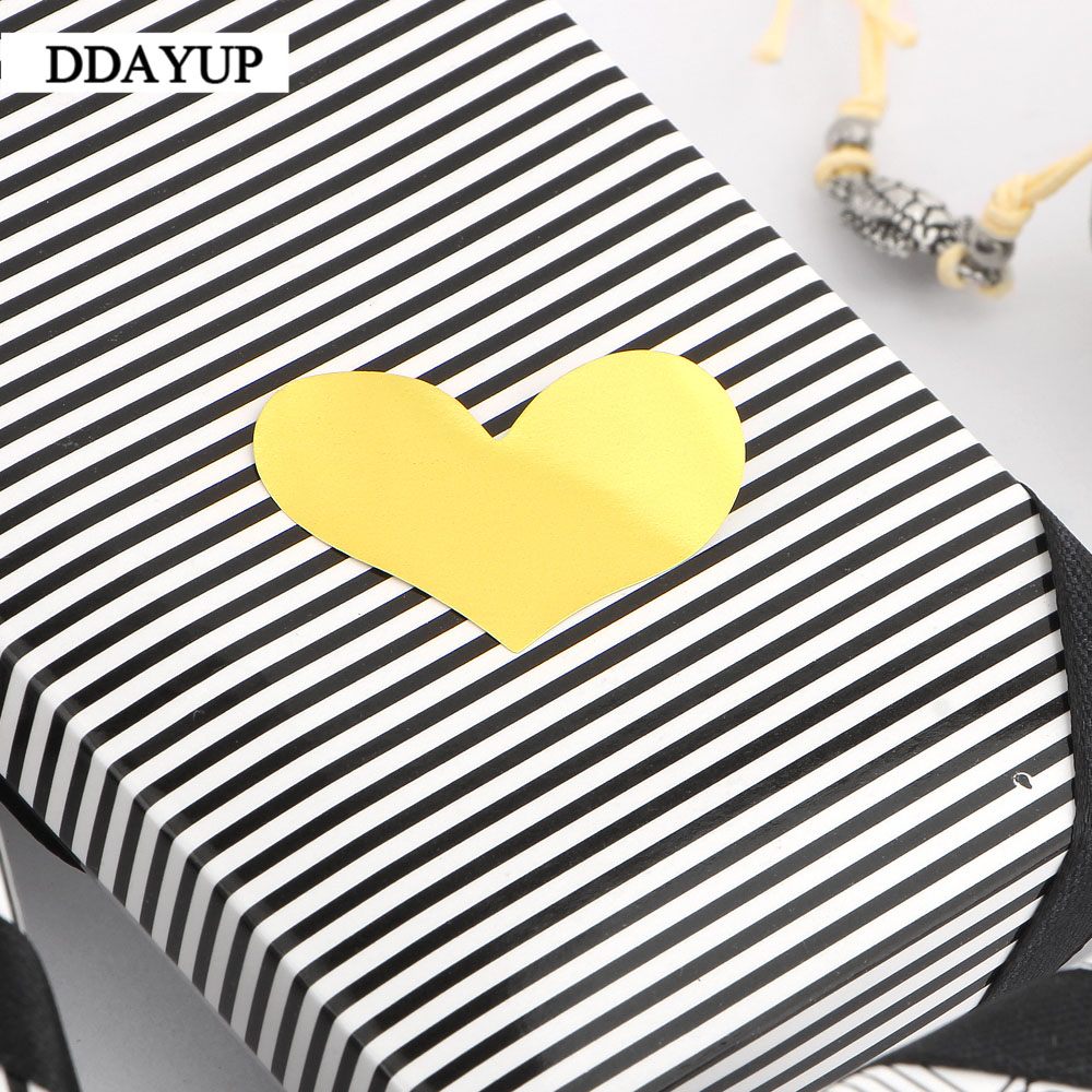 Купить с кэшбэком 240Pcs/10 Sheets Golden Heart Gold Handmade Cake Candy Packaging Sealing Label Sticker Baking DIY Gift Party Stickers