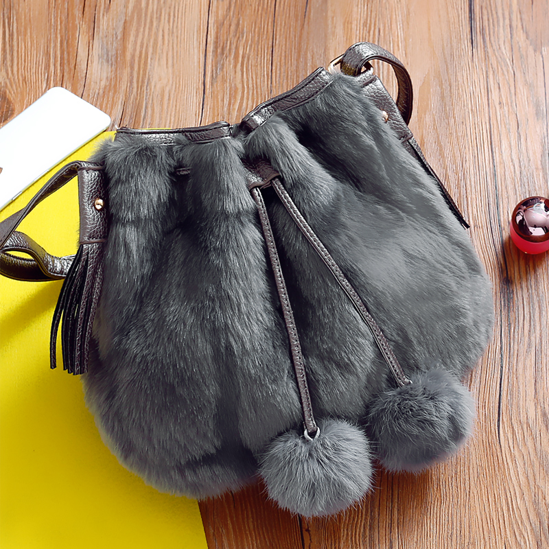 ФОТО Maomao Direct Selling Casual Polyester Unisex Zipper Solid Soft Bag Female Bucket New Autumn And Winter Plush Shoulder Satchel
