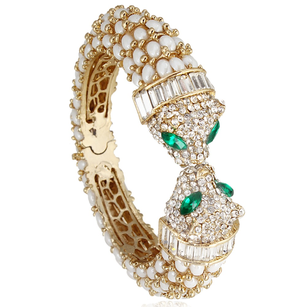 13007976bd158 Fashion Gold Color Black Enameled Leopard Pendant Statement Necklace ...
