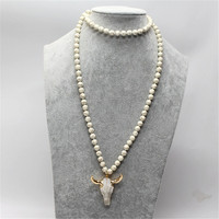 Fashion Women Yoga Long Strand Necklace 8mm Natural White Howlite Stone Ox Horn Head Pendant Sweater Chain DIY Jewelry Wholesale