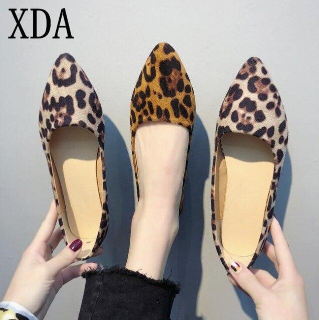 XDA/пикантная женская обувь на плоской подошве с леопардовым принтом, модель 2019 года, модные тонкие туфли с острым носком, sapato feminino, обувь для туфли лоферы