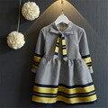 Быстрая Доставка Высокое Качество Детской Одежды Новый 2016 Корейская Мода Лук Милые Плед Платья для Девочек Платья Осень и Весна