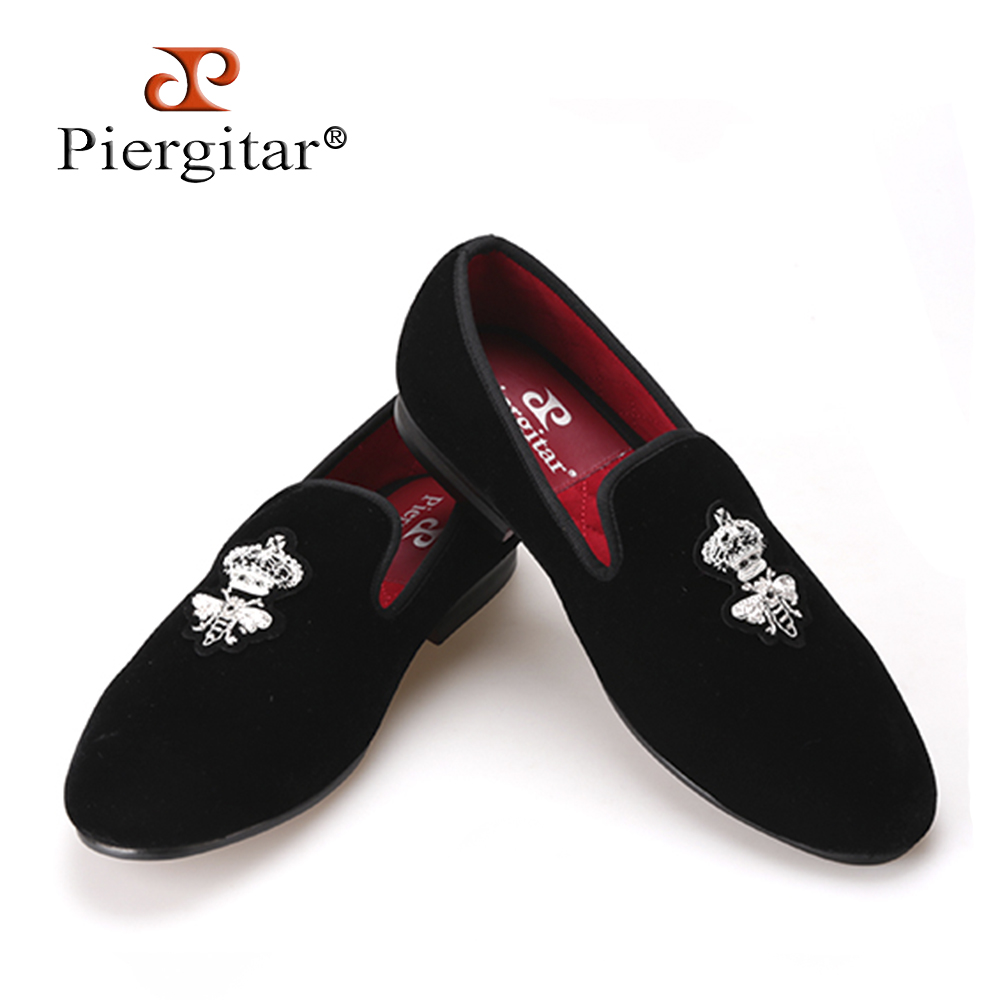 Piergitar Bees Indian silk embroidery men velvet shoes Men Loafers men wedding and party shoe Men Flats Size US 6-14Freeshipping piergitar 2017 two color leopard pattern men velvet shoes fashion party and wedding men dress shoe male plus size flats loafers