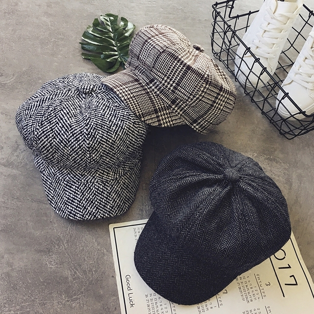 Plaid Visor Hat Women 2018 Spring New Hot Fashion Female Casual Classic  Basic Vintage Visors Hats Caps 20a44f76be1