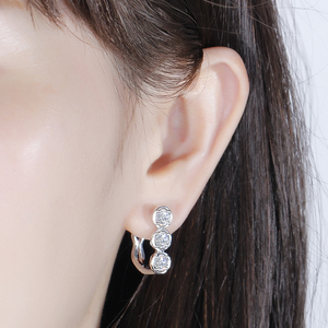 Image 4 - DovEggs Sterling Solid 925 Silver 4.5mm H Color Moissanite Stone Earrings for Women wiht 14K White Gold Pin