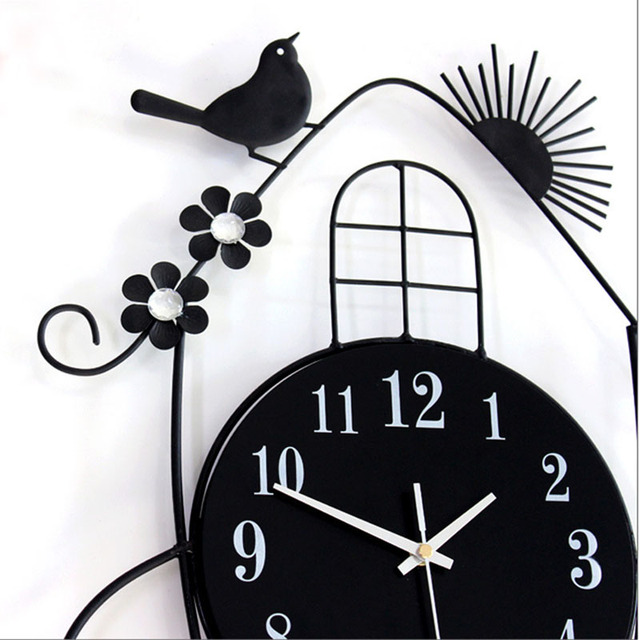 Home Decor Creative Swing Hanging Bird Durable Electronic Wall Clock Large Wall Arts And Crafts Modern Design Wall Clock T0.2