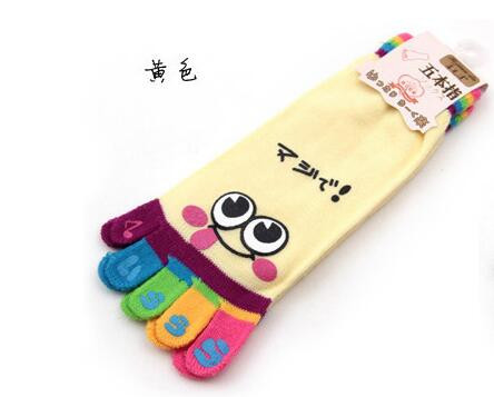 1pair/lot free shipping  Cute Cartoon Smile Print Toe Socks Five toe cartoon cotton Socks female cotton funny socks