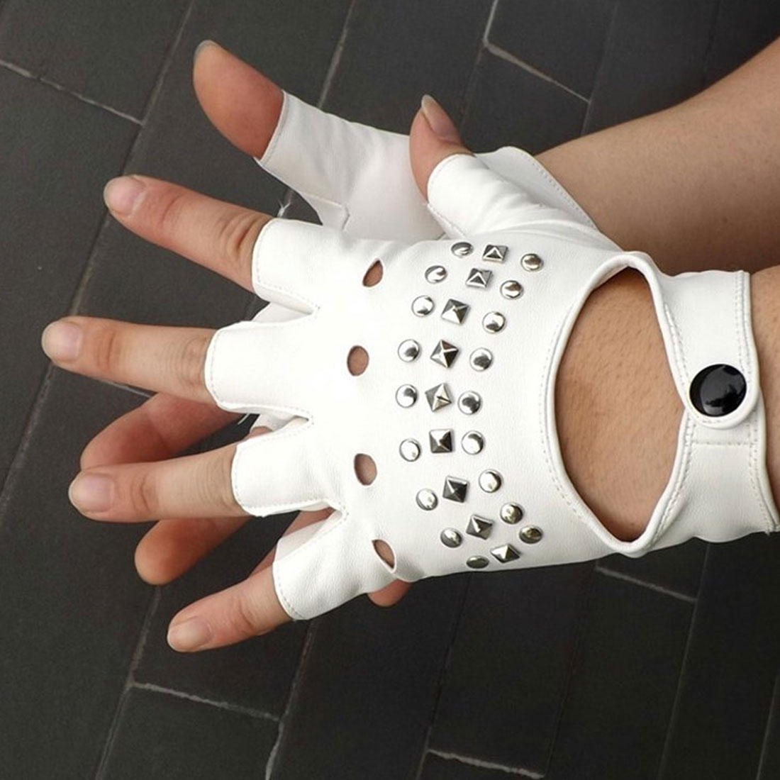 Sports Gloves Halloween Party Children/Adult Silver Rivets Gloves Half Finger PU Leather Glove Punk Thin Sports Fitness Black Gl